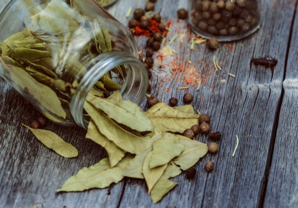 spices-2545890_1920